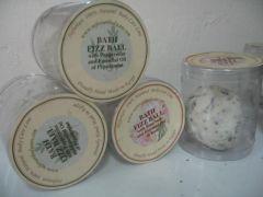 Bath Fizz Ball ( Peppermint, Orange, Geranuim, Lavendre)