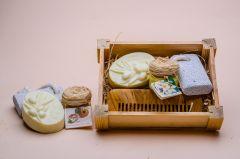 Box no. 3 containing a comb, soap, small cream and pimouse stone