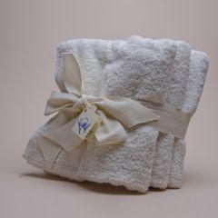 3 Cotton towels each 50 x 100 cm