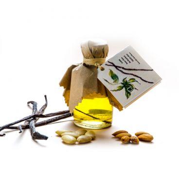 Sweet Almond oil & Vanilla oil